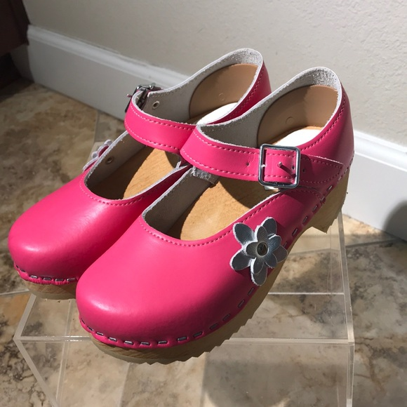 Hanna Andersson Mary Jane Clogs Girls Size 31  13 d84b1e9137ad